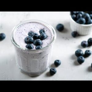 Quick & Easy Keto Smoothie Recipe [Made with Blueberries]